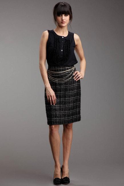 boucle Chanel skirt 2.jpg